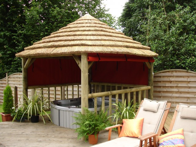 African Thatch 1 Kit 3.8M Square
