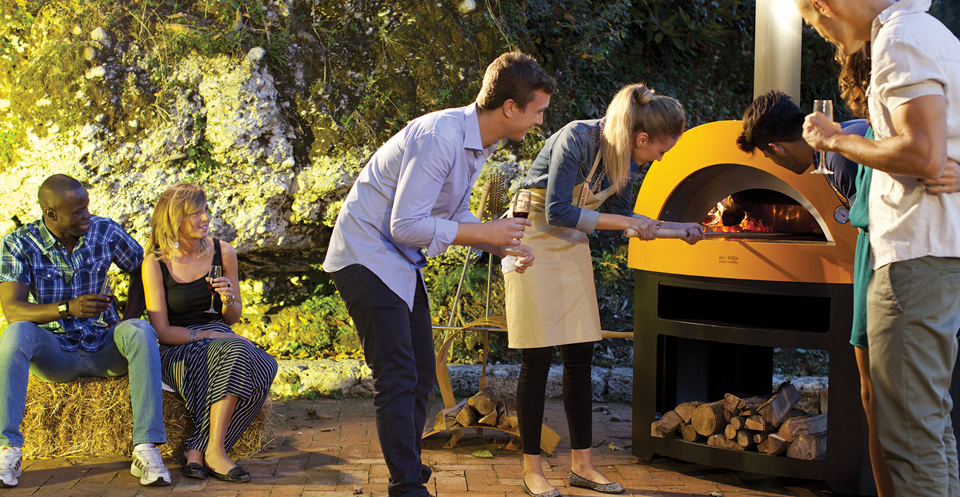 Wood Fired Pizza Ovens and Kamado Egg Ovens in Greater London, Hertfordshire, Essex and Sussex