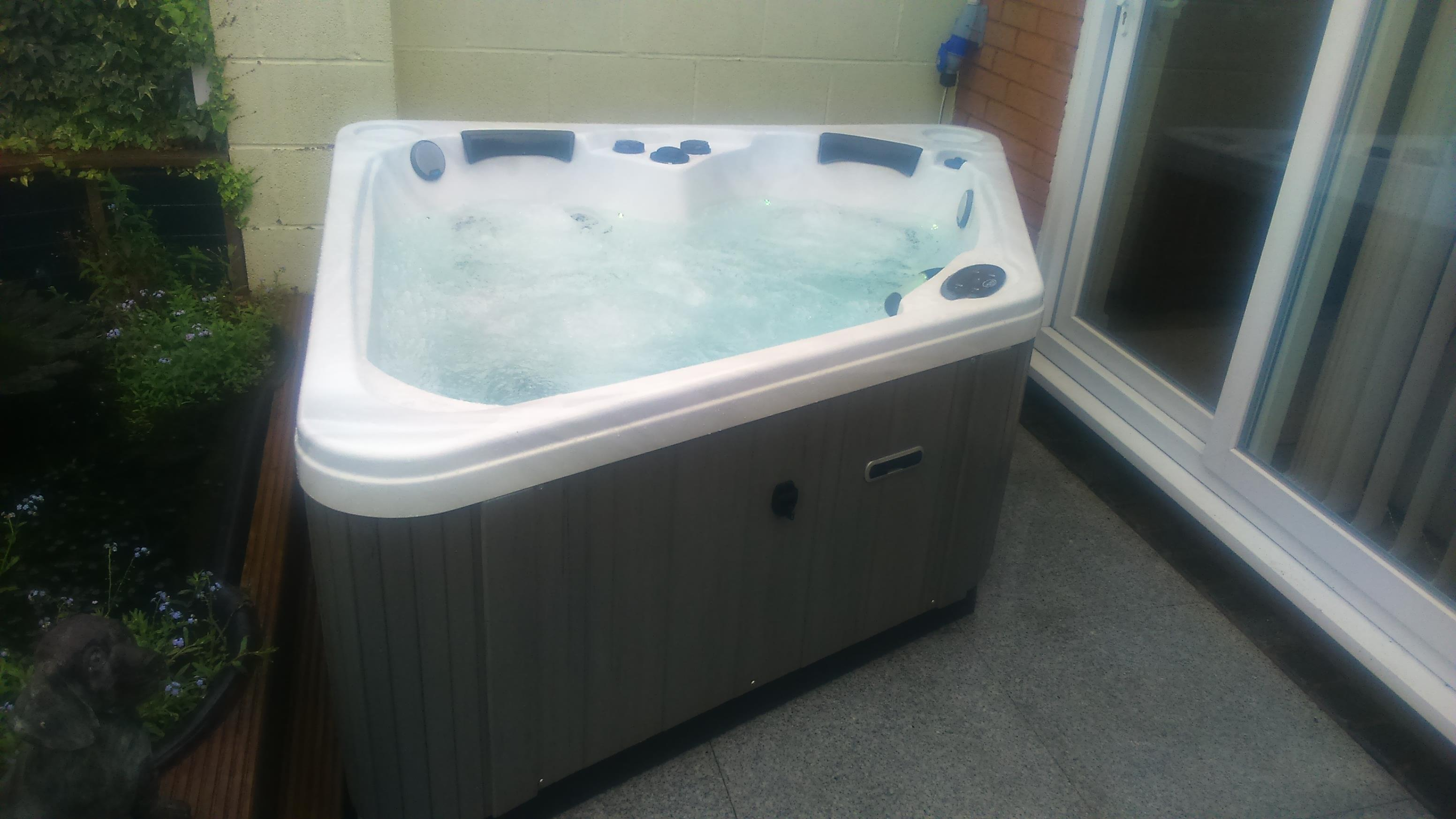 Black Diamond Hot Tub Review